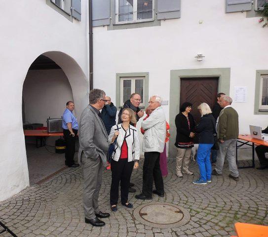 v.l.Stadtverbandsvorsitzender Dr. Ulrich Klauck mit Evelyne Gebhardt